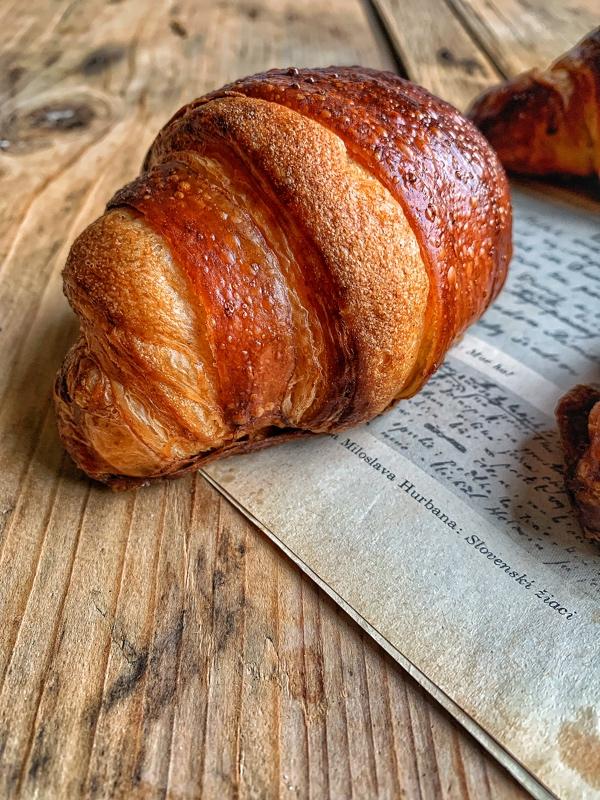 Croissant z kvásku