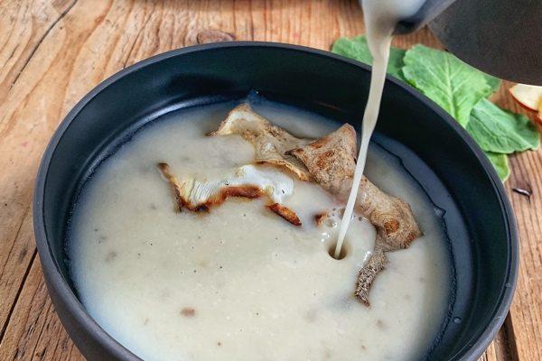 Zelerová krémová polievka